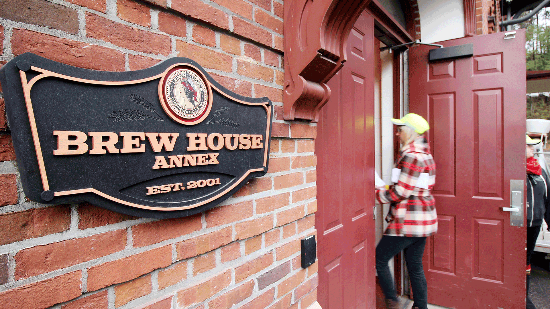 Brew House entrance sign